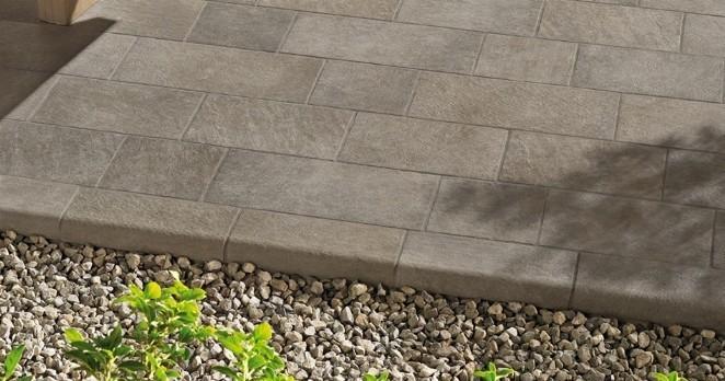 Pulizia pavimenti esterni eliminare residui di colla - Pavimento pvc esterno ...