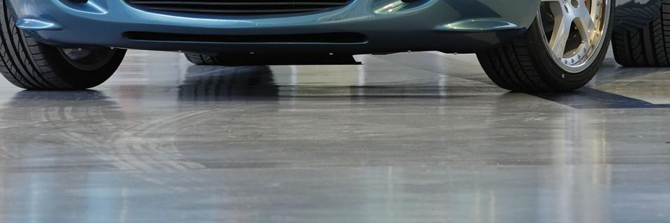 Pulizia pavimento garage protezione superfici in cemento - Garage pavimento ...