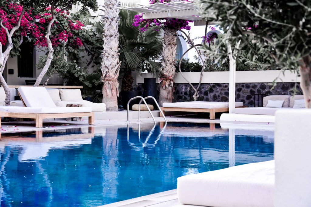 Pulire-piscina-hotel-FILA