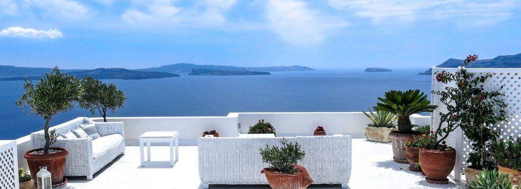 Pulizie di casa: 5 consigli per non rovinarsi le vacanze