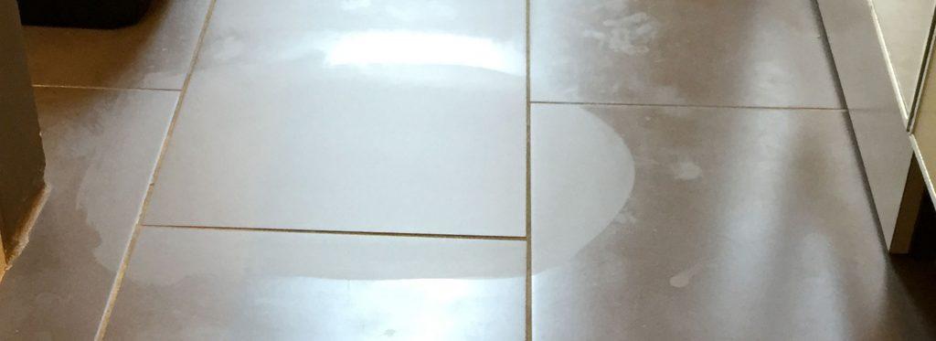 Detersivo per pavimenti: quale scegliere in caso di aloni sul pavimento