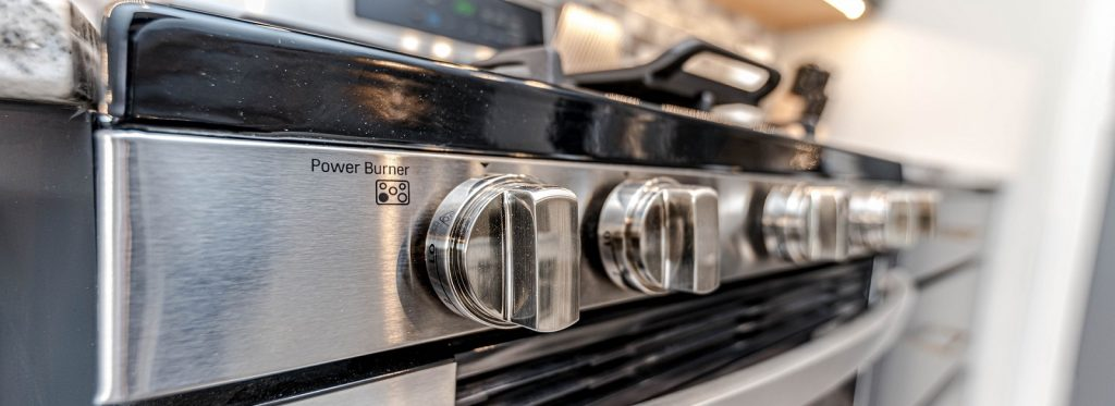 Tips and tricks per una pulizia del forno efficace e sicura