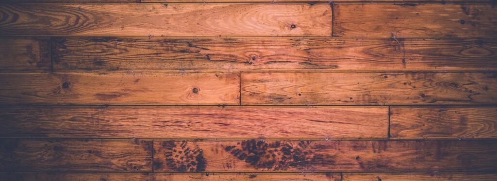 Superfici, parquet e mobili in legno. Come pulirli e proteggerli con i giusti prodotti FILA